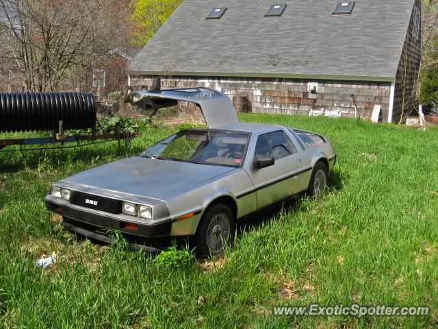 DeLorean DMC-12 spotted in Yarmouth , Maine