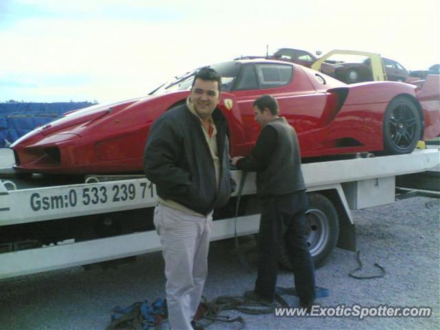 Vaak Ferrari Enzo spotted in Istanbul, Turkey on 07/17/2011 JE-89