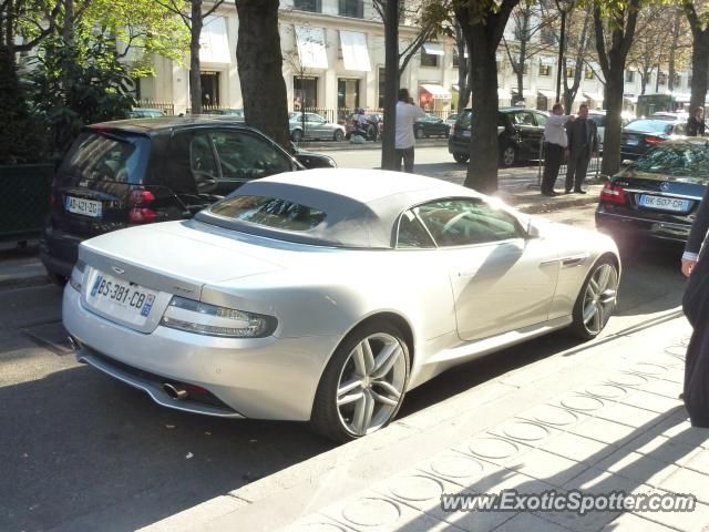 aston martin virage spotted in paris france on 01 10 2011 photo 2. Black Bedroom Furniture Sets. Home Design Ideas