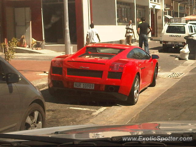lamborghini gallardo spotted in cape town south africa on 10 17 2011. Black Bedroom Furniture Sets. Home Design Ideas
