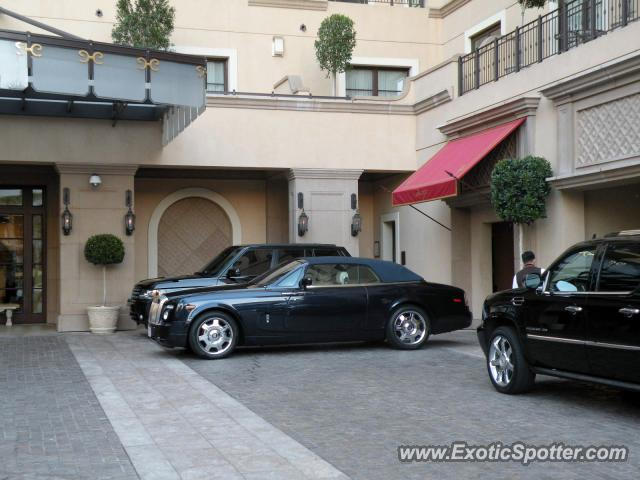 rolls royce phantom spotted in beverly hills california on 01 20 2012 photo 5. Black Bedroom Furniture Sets. Home Design Ideas