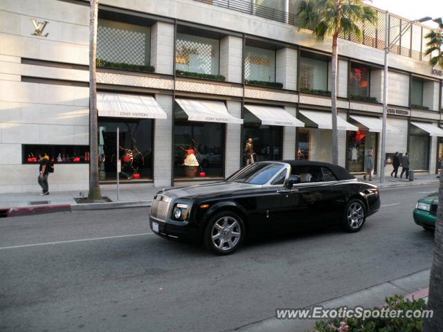 rolls royce phantom spotted in beverly hills california on 01 20 2012 photo 6. Black Bedroom Furniture Sets. Home Design Ideas