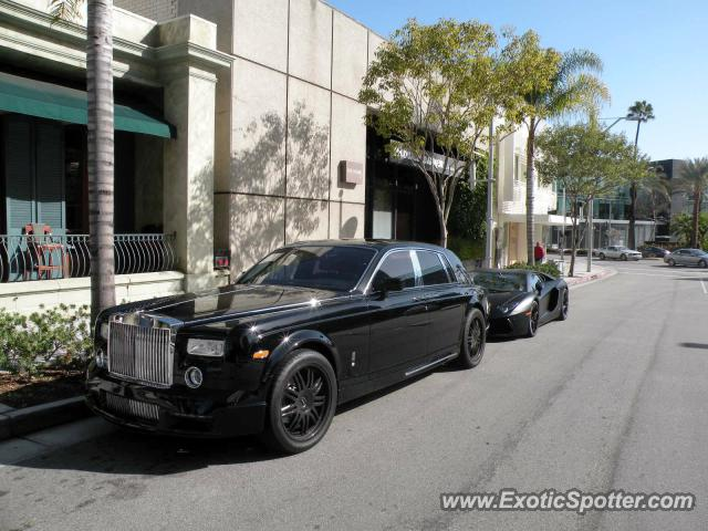 rolls royce phantom spotted in beverly hills california on 01 21 2012. Black Bedroom Furniture Sets. Home Design Ideas