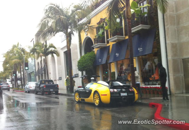 bugatti veyron spotted in los angeles united states on 03 16 2012. Black Bedroom Furniture Sets. Home Design Ideas
