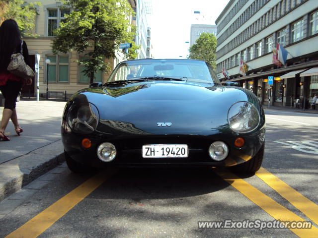 tvr griffith spotted in zurich switzerland on 06 02 2012. Black Bedroom Furniture Sets. Home Design Ideas