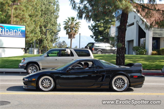 Acura NSX spotted in Los Angeles, California on 04/29/2012