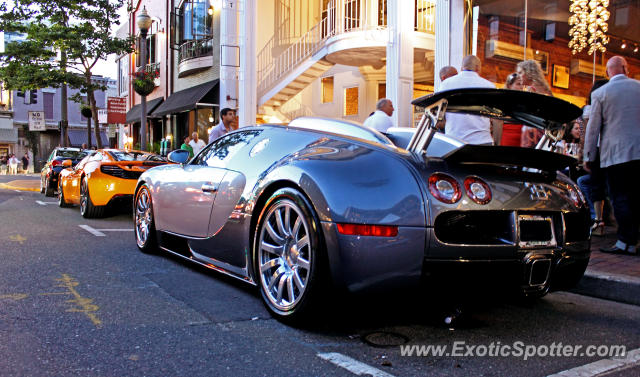 Bugatti Veyron spotted in Red Bank, New Jersey
