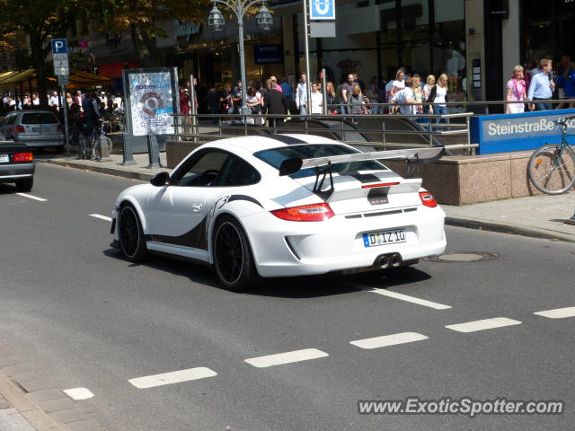 porsche 911 gt3 spotted in d sseldorf germany on 08 11 2012 photo 2. Black Bedroom Furniture Sets. Home Design Ideas