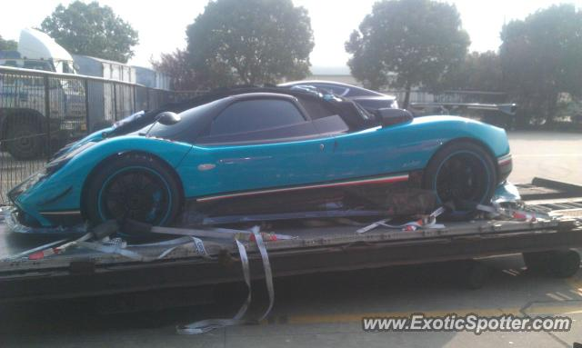 pagani zonda spotted in shanghai, china on 11/20/2011, photo 2
