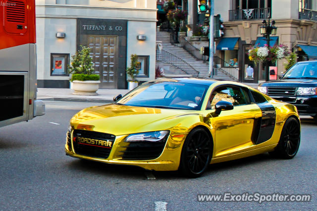 tygas gold and ugly audi r8 what do you think richhiphopcom. Black Bedroom Furniture Sets. Home Design Ideas