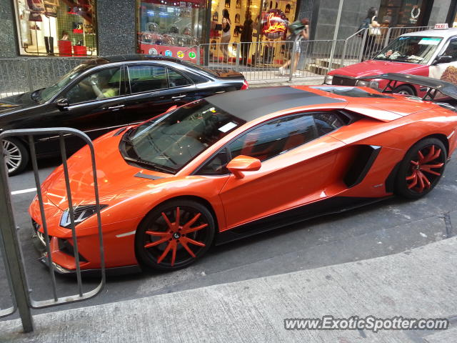 lamborghini aventador spotted in hong kong china on 09 09 2012. Black Bedroom Furniture Sets. Home Design Ideas