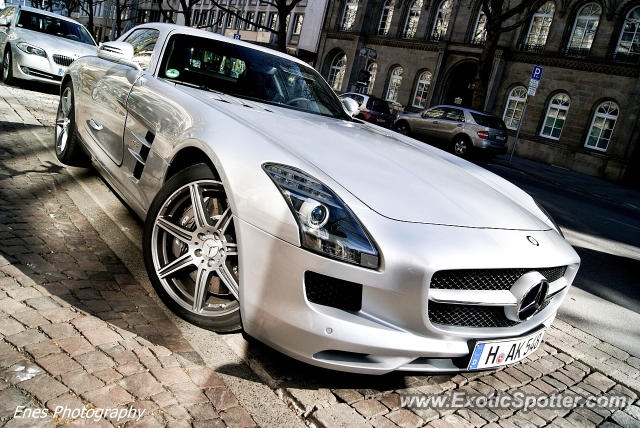 Mercedes SLS AMG spotted in Hannover, Germany