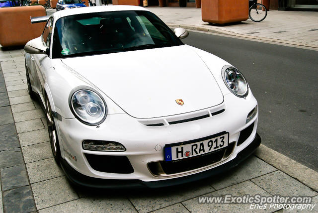 Porsche 911 GT3 spotted in Hannover, Germany