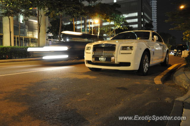 Rolls Royce Ghost spotted in KLCC Twin Tower, Malaysia on ...
