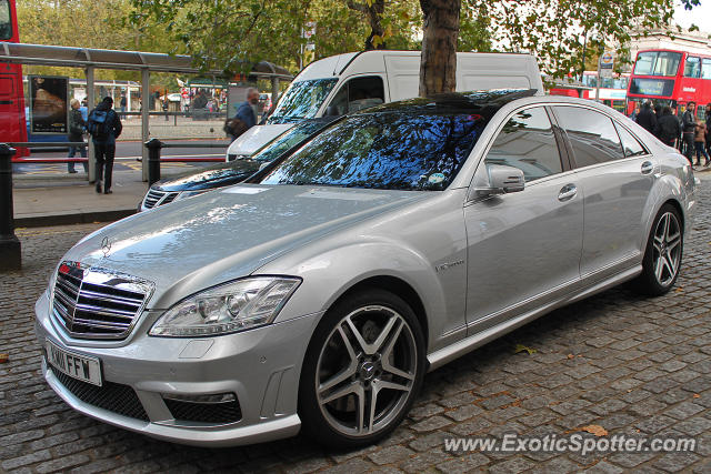 Mercedes s65 amg spotted in london united kingdom on 11 for London mercedes benz