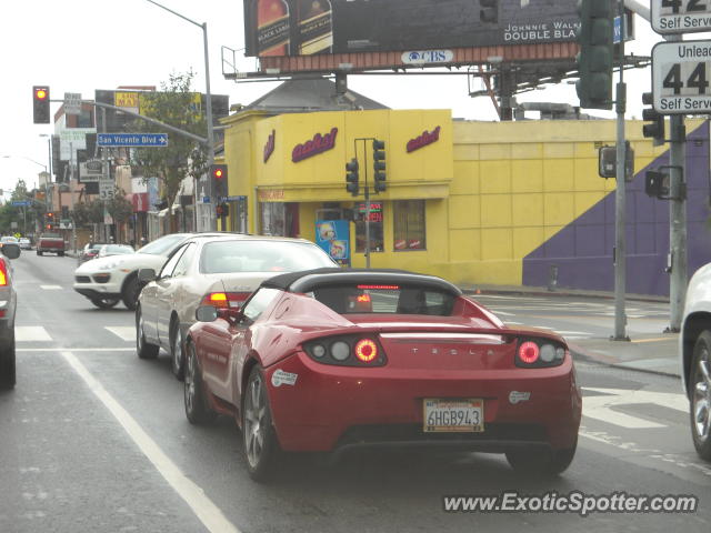 Tesla Roadster spotted in Los Angeles, California on 11/24 ...