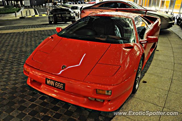 Lamborghini Diablo Spotted In Klcc Twin Tower Malaysia On 12 08 2012