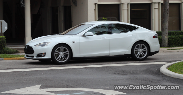 Tesla Model S spotted in West Palm Beach, Florida