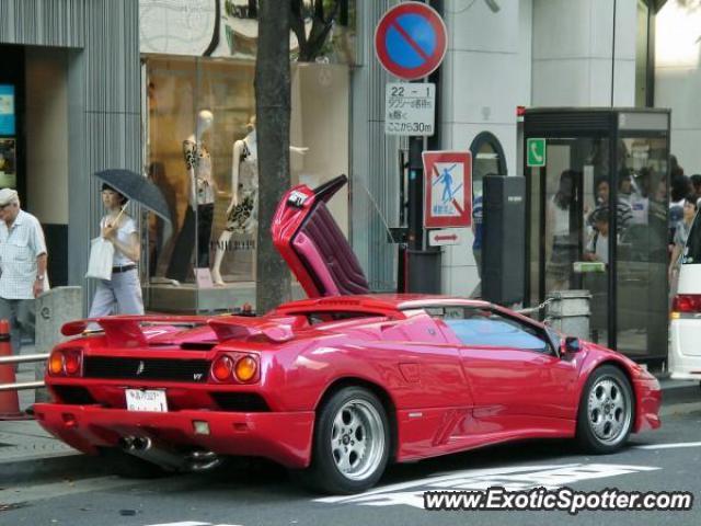 Lamborghini Diablo Spotted In Tokyo Japan On 07 30 2006