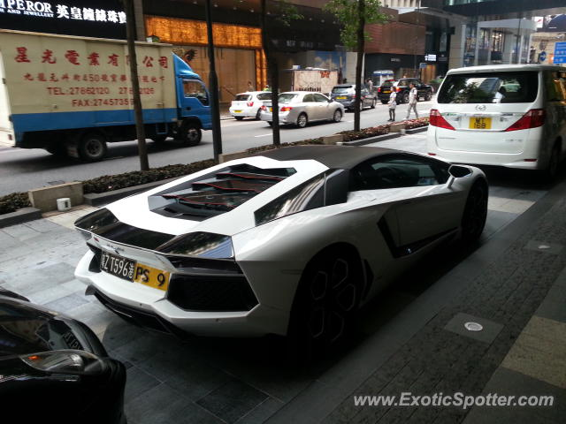 lamborghini aventador spotted in hong kong china on 03 23 2013. Black Bedroom Furniture Sets. Home Design Ideas