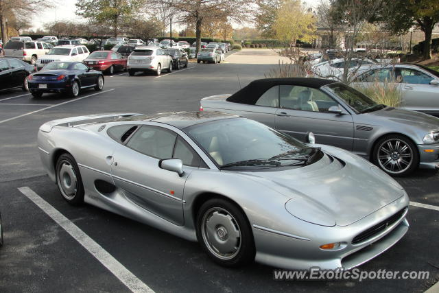 jaguar xj220 spotted in potomac maryland on 11 12 2012
