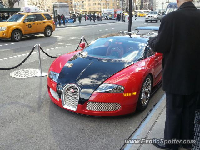 bugatti veyron spotted in nyc new york on 03 27 2013 photo 2. Black Bedroom Furniture Sets. Home Design Ideas