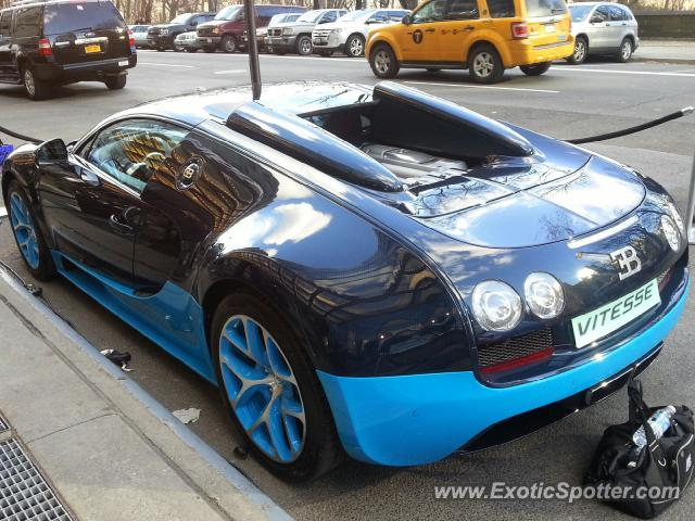 bugatti veyron spotted in nyc new york on 03 27 2013 photo 3. Black Bedroom Furniture Sets. Home Design Ideas