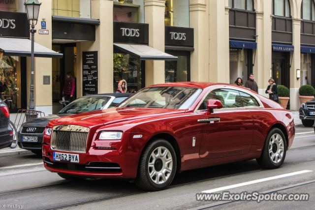 rolls royce wraith spotted in munich germany on 03 30 2013. Black Bedroom Furniture Sets. Home Design Ideas