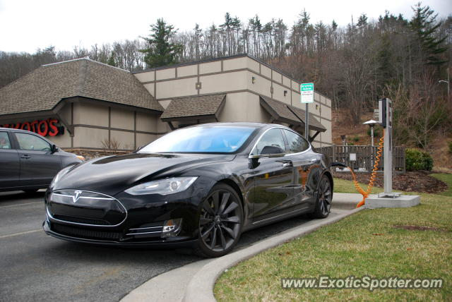 Tesla Model S spotted in Boone, North Carolina